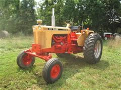 1967 Case 930 Comfort King 2WD Tractor