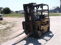 Daewoo 6C 905 - 2 3 Stage Forklift