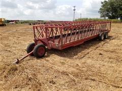 Apache WFW24A2 Feeder Wagon