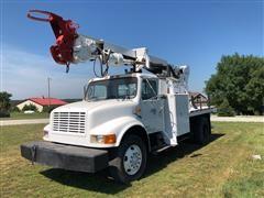 1999 International 4700 Digger Derrick Truck