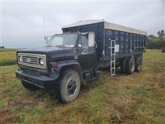 1976 Chevrolet C65 T/A Grain Truck