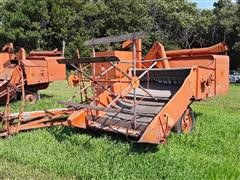 Allis-Chalmers All-Crop 66 Pull-Type Combine