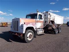 1972 International Transtar 4300 Mixer/Feed Truck