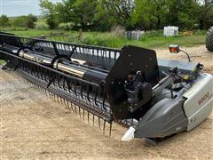 2010 AGCO 8225 25' Flex Header