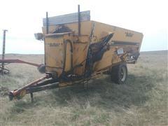 Buffalo Kwikmixer 370 3-Auger Mixer Wagon