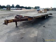 1982 Trail-Eze D9R29 Flatbed Trailer