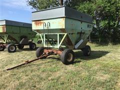 Parker 2600 400 Bu Gravity Wagon W/Extensions