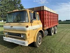 1975 Chevrolet C65 Cabover T/A Grain Truck