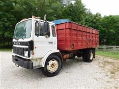 1984 Mack MS250 Grain Truck