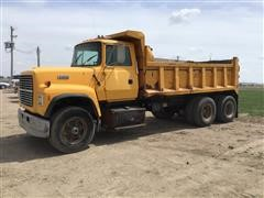 1994 Ford L8000 T/A Dump Truck