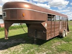 1983 Flying L T/A Livestock Trailer