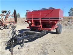 Case IH 8500 Air Seeder Cart