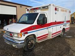 2002 Ford E350 Super Duty Ambulance