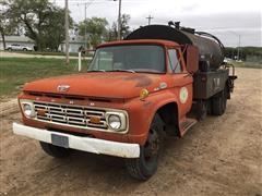 1964 Ford F600M Asphalt Distributor Truck