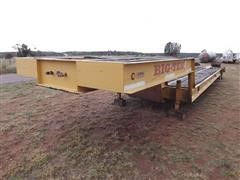 1997 Big Tex Gooseneck 40' T/A Flatbed Trailer W/Loading Ramps