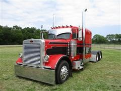 2005 Peterbilt 379 T/A Truck Tractor W/Sleeper