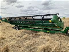 2007 John Deere 630F Bean Head