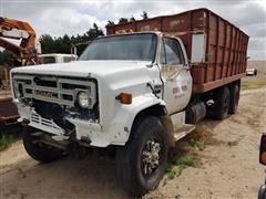 1979 GMC C70 T/A Grain Truck