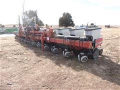2001 Case IH 1200 Planter