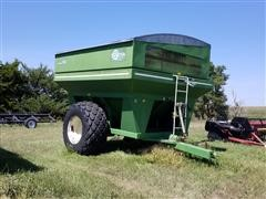 E-Z Trail 850 Grain Cart