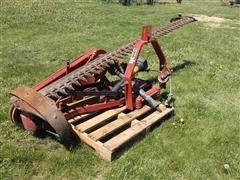 Case IH 1300 Sickle Bar Mower