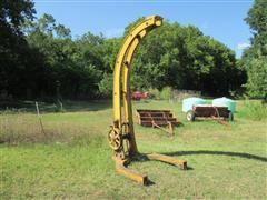 The Canton Foundry & Machine Co Antique Manual Lift Crane