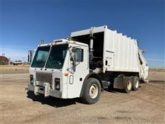 2000 Mack LE613 Garbage Truck