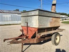 Heider R Auger-Mixer Feed Wagon