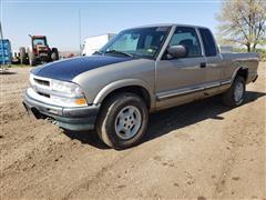 2001 Chevrolet S10 4x4 Pickup