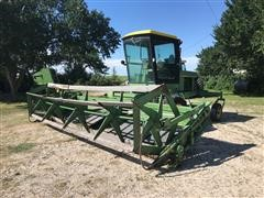 John Deere 2320 Self-Propelled Swather