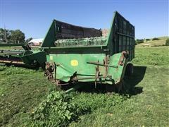 John Deere E0125 Forage Wagon