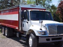 2007 International Harvester 7400 Grain Truck