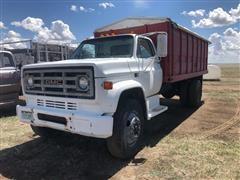 1982 GMC 7000 Grain Truck