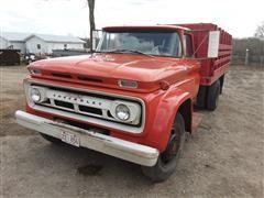 1962 Chevrolet C63 Grain Truck