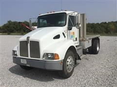 2000 Kenworth T300 S/A Flatbed Truck