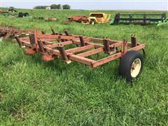 Melroe 561 Chisel Plow