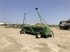 John Deere 520 20' Grain Drill