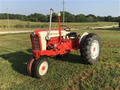 1960 Ford 961 PowerMaster 2WD Tractor