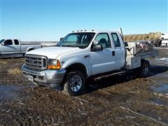 2000 Ford F350 Super Duty 4x4 Flatbed Pickup
