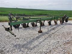 John Deere 350 6 Bottom Plow