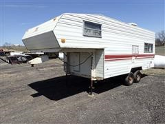 1986 Prowler 3000CL 21' T/A 5TH Wheel Travel Trailer