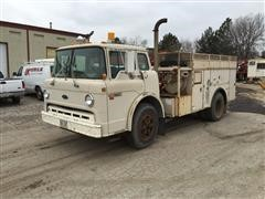 1989 Ford C8000 Service Truck