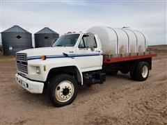 1992 Ford F700 Fertilizer Truck