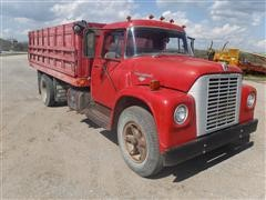 1970 International Loadstar 1600 S/A Grain Truck