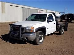 2004 GMC 2500 Flatbed Pickup