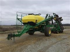 2006 John Deere 1890/1910 42' Air Seeder And Cart
