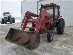 1988 Case IH 585 2WD Tractor W/Loader