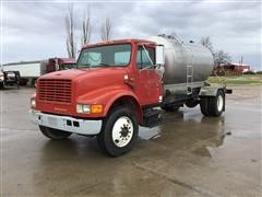 1991 International 4700 S/A Tanker Truck