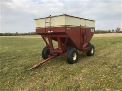 M&W 4200 Grain Wagon