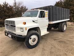 1990 Ford F700 Grain Truck